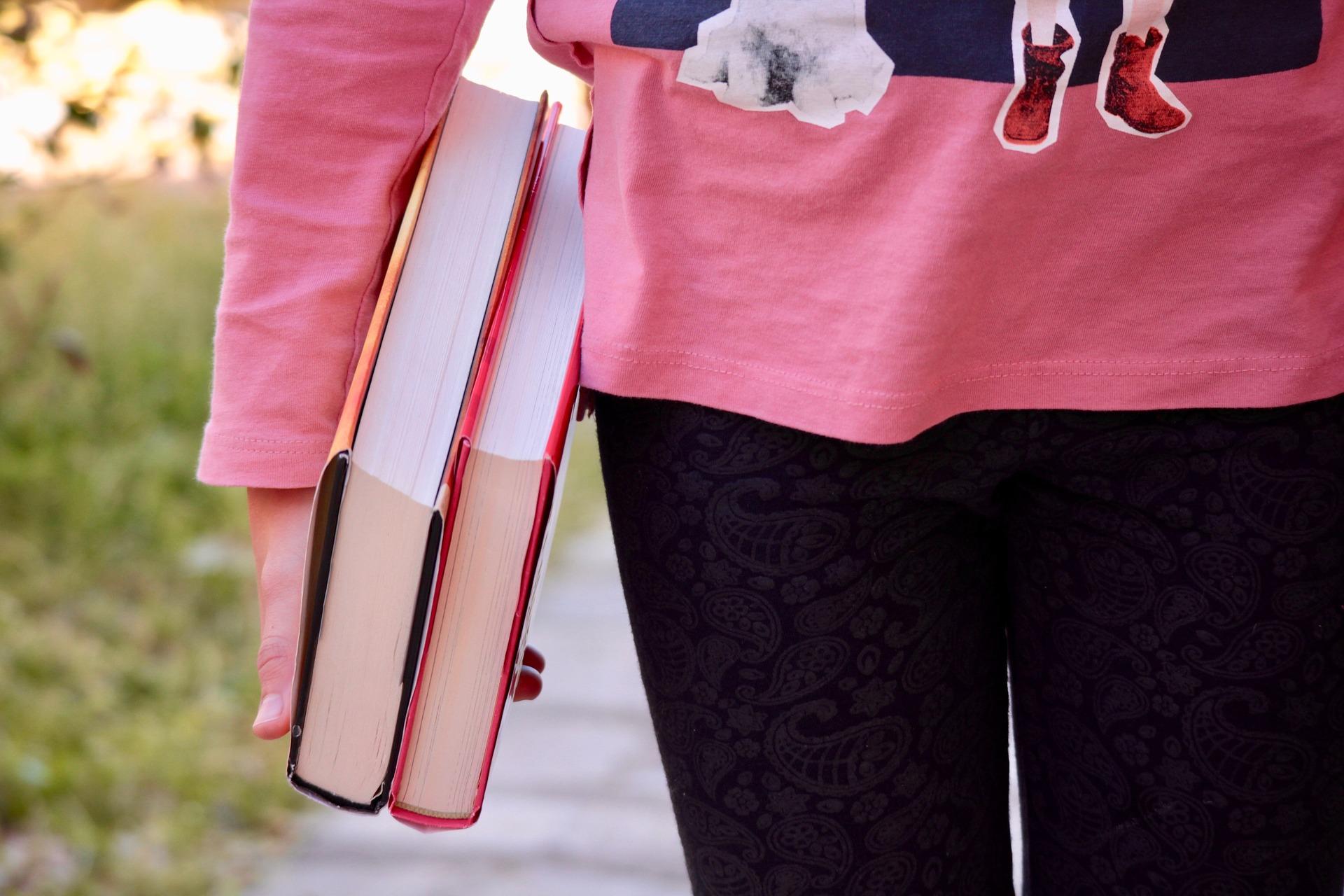 books-2182454_1920